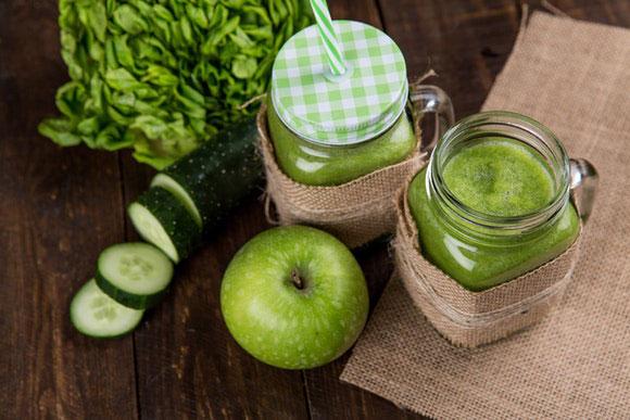 Vegane grüne Smoothies